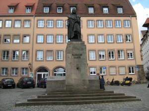 Памятник Дюреру в Нюрнберге